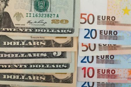 欧州為替:ドル・円は上げ渋り、ユーロ・ドルの高値もみ合いで